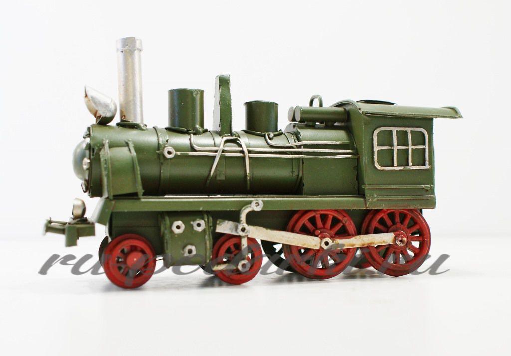 Модели паровозов в подарок
